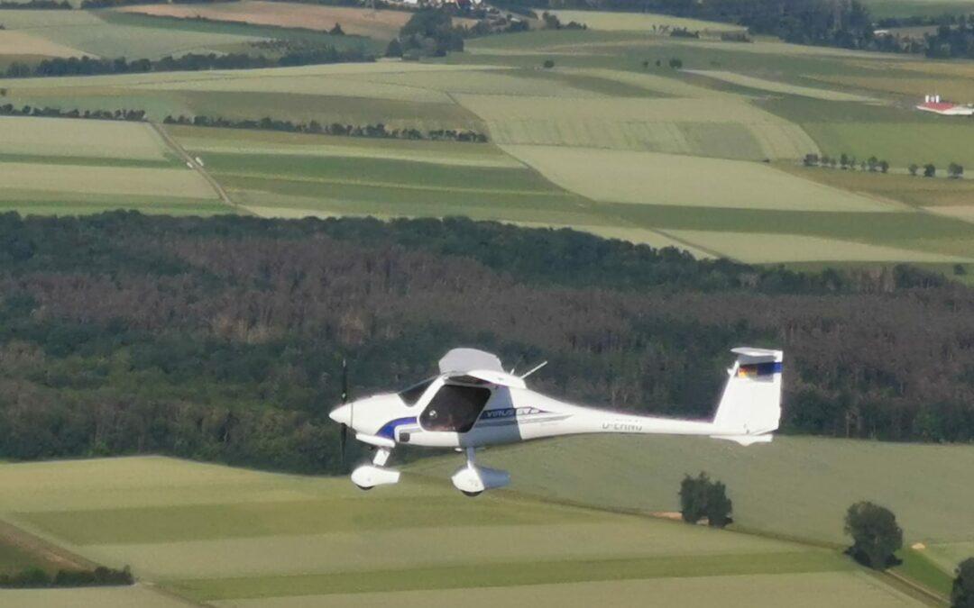 Unser neues Motorflugzeug der E-Klasse: Pipistrel Virus SW mit Glascockpit, Rettungsschirm und Autopilot